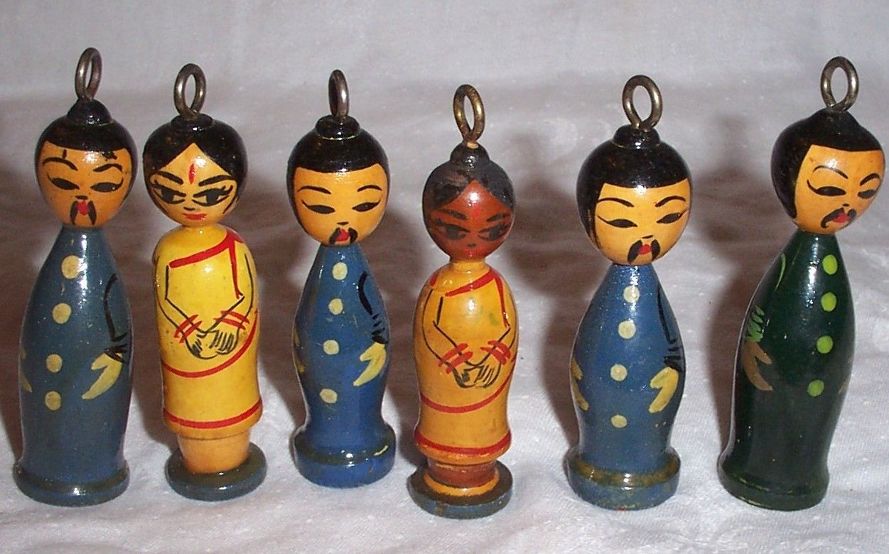 Vintage Wood Oriental People Figures, Collectible Christmas Ornaments